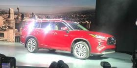 La nueva Toyota Highlander viene más larga, equipada y segura