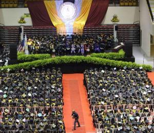 Graduados para derrotar la inercia y la corrupción