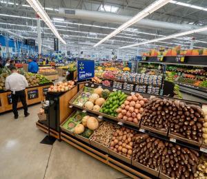 Walmart remodela su tienda de Plaza Canóvanas