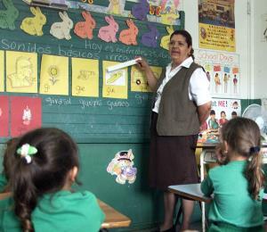 Aviso de huracán para las escuelas de la comunidad