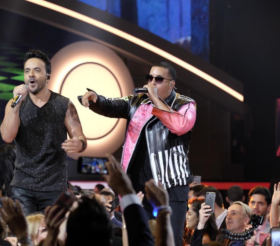 Luis Fonsi y Daddy Yankee en los Premios Billboard de la Música Latina el pasado abril. (GFR Media) (semisquare-x3)