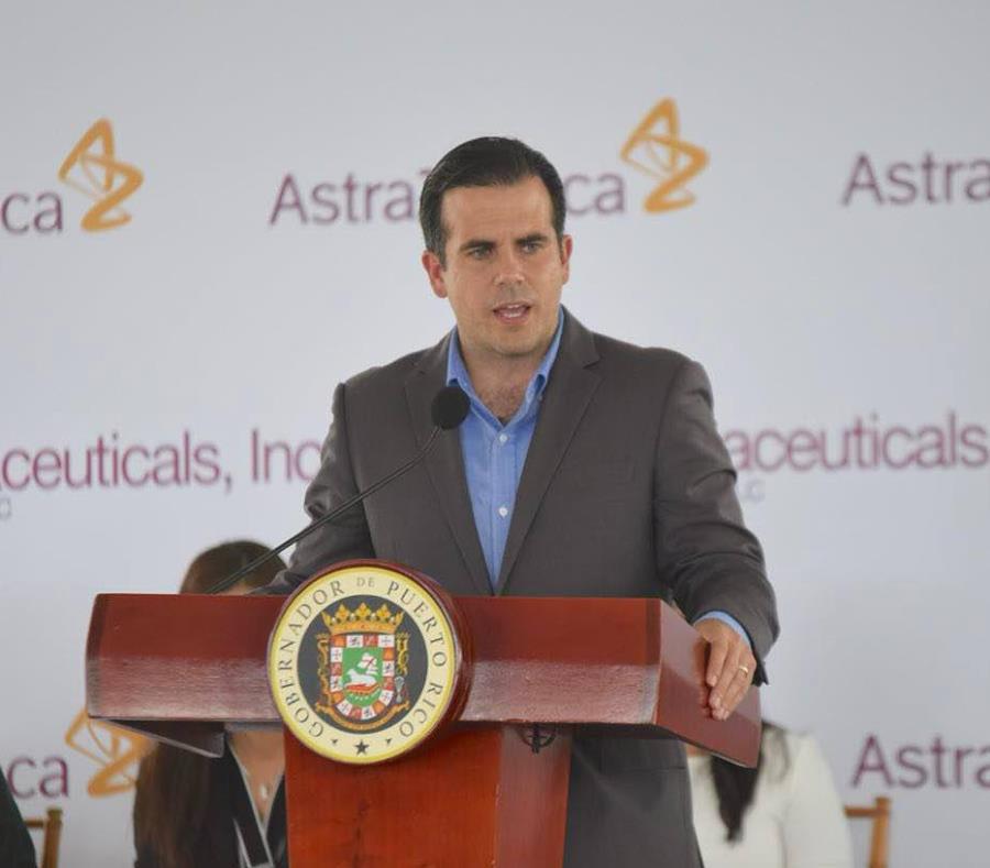 El gobernador Ricardo Rosselló resaltó que la acción de la farmacéutica responde a la fragilidad del sistema eléctrico del país. (Suministrada) (semisquare-x3)