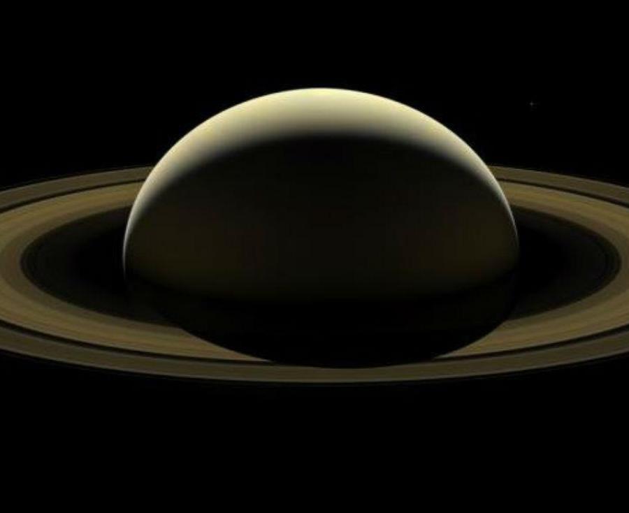 Detectan auroras boreales en Saturno (semisquare-x3)