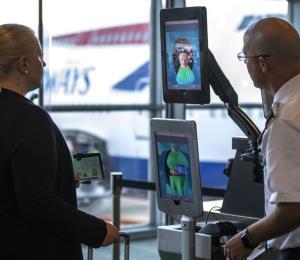 El servicio de Aduanas de EE.UU. sufrió un hackeo que expuso los datos de viajeros