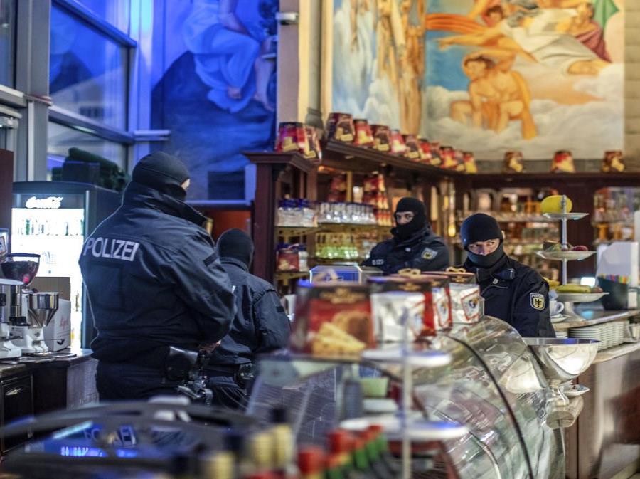 Detienen a 90 presuntos miembros de la mafia en Europa y en Colombia (semisquare-x3)