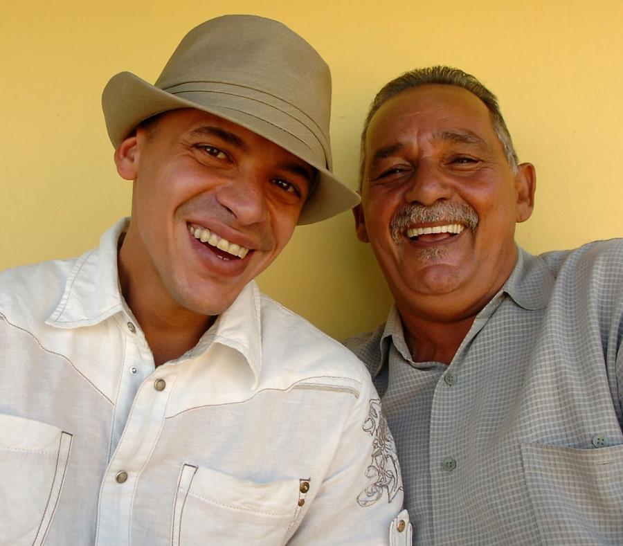 Vico C junto a su padre Rafael Lozada. (GFR Media) (semisquare-x3)