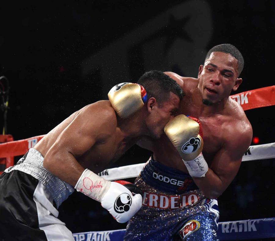 Félix Verdejo (der.) representó a Puerto Rico en la olimpiada Londres 2012 y era una de las principales promesas en el boxeo rentado hasta que perdió su invicto ante Inés Antonio Lozada Torres el 17 de marzo. (semisquare-x3)