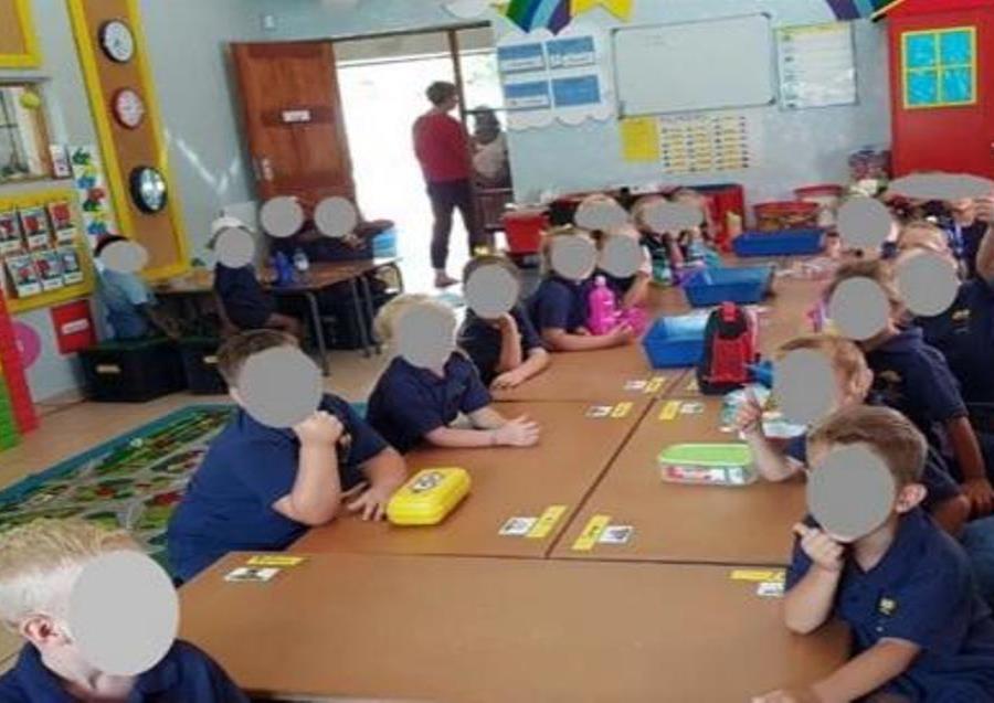 Suspenden las clases en escuela donde separaban a los niños por su raza (semisquare-x3)