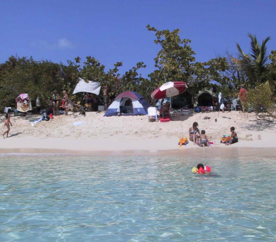 Playa del cayo Icacos. (GFR Media) (semisquare-x3)