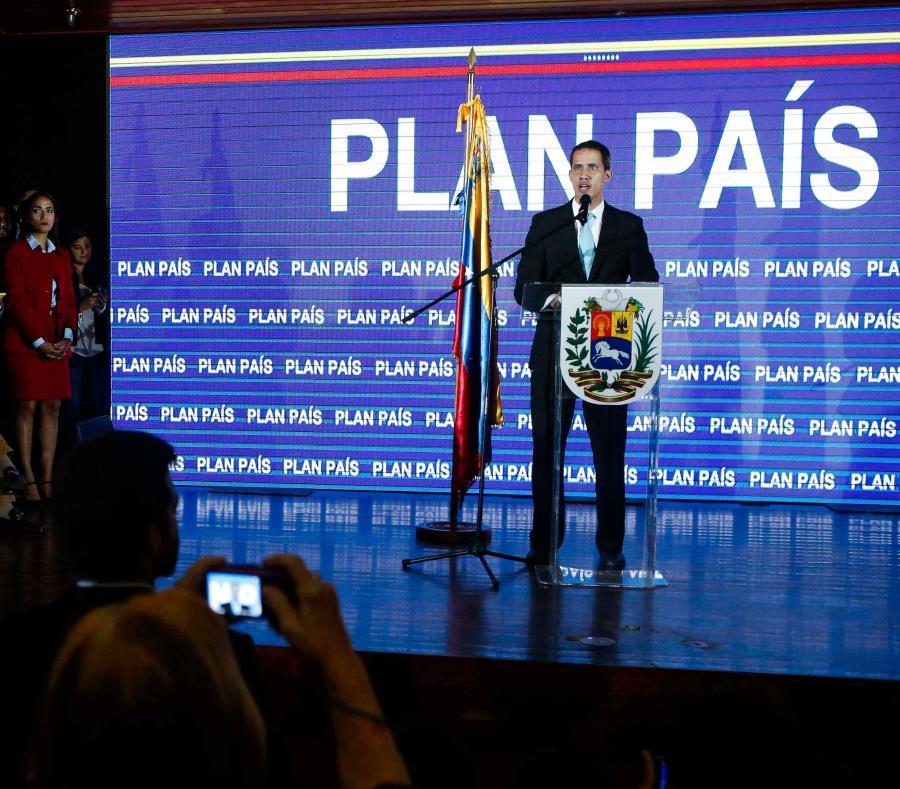 Juan Guaidó (semisquare-x3)