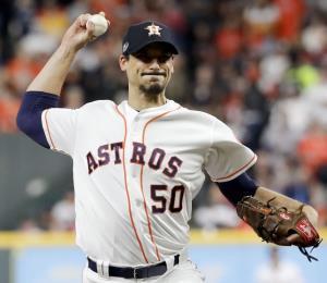 El lanzador Charlie Morton se muda de Houston a Tampa