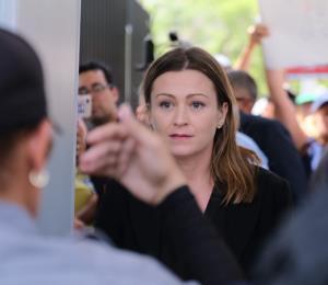 Se declaran culpables la ayudante especial de Julia Keleher y una contratista