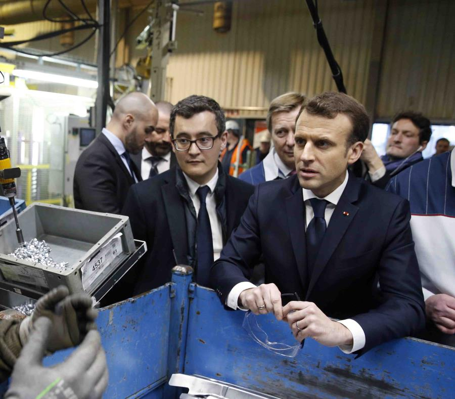 Gerald Darmanin junto a Emmanuel Macron. (GFR Media) (semisquare-x3)