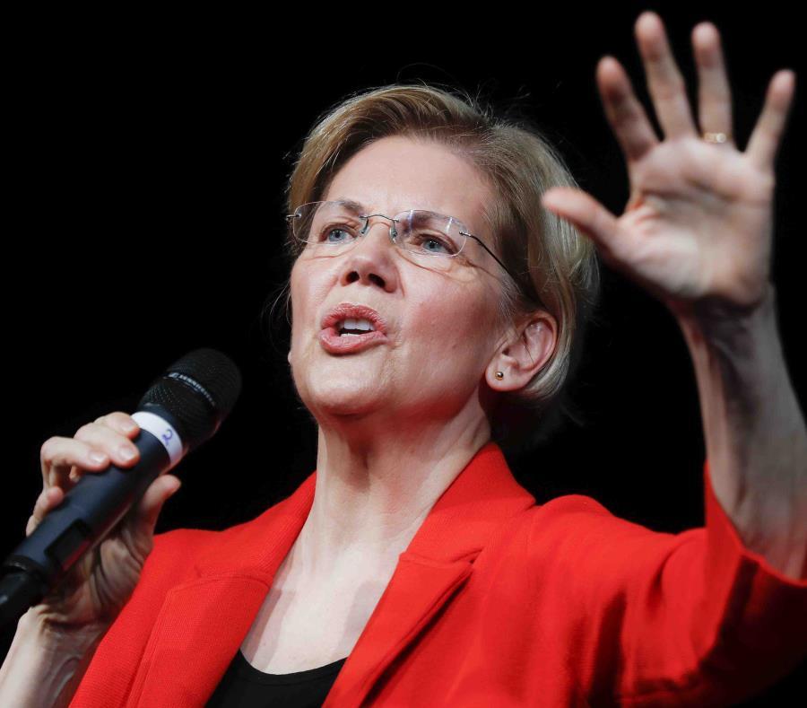 La senadora Elizabeth Warren (Massachusetts) , aspirante a la presidencia, es una de los legisladores que encabezan la petición. (AP) (semisquare-x3)