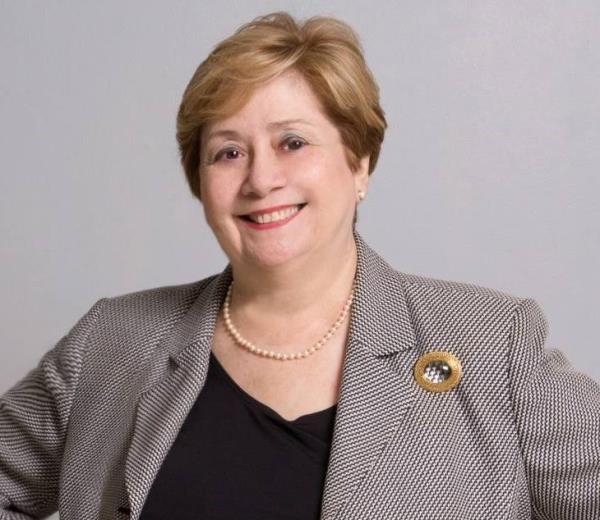 Carmen T. Ruiz de Fischler