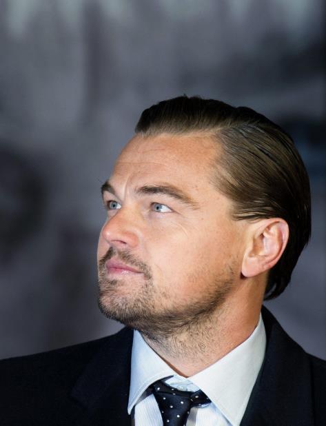 La Fundación de Leonardo DiCaprio apoyó a la Organización We Care Solar para enviar maletines solares a Puerto Rico (vertical-x1)