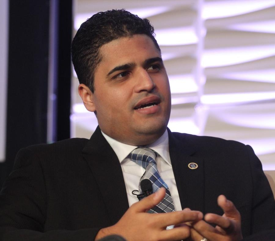 Carlos Saavedra Gutiérrez, informó que el término de radicación para solicitar la ayuda que provee el gobierno federal para las personas desempleadas por causa directa del paso de los huracanes Irma y María se extiendió hasta el 9 de febrero. (Archivo / G (semisquare-x3)