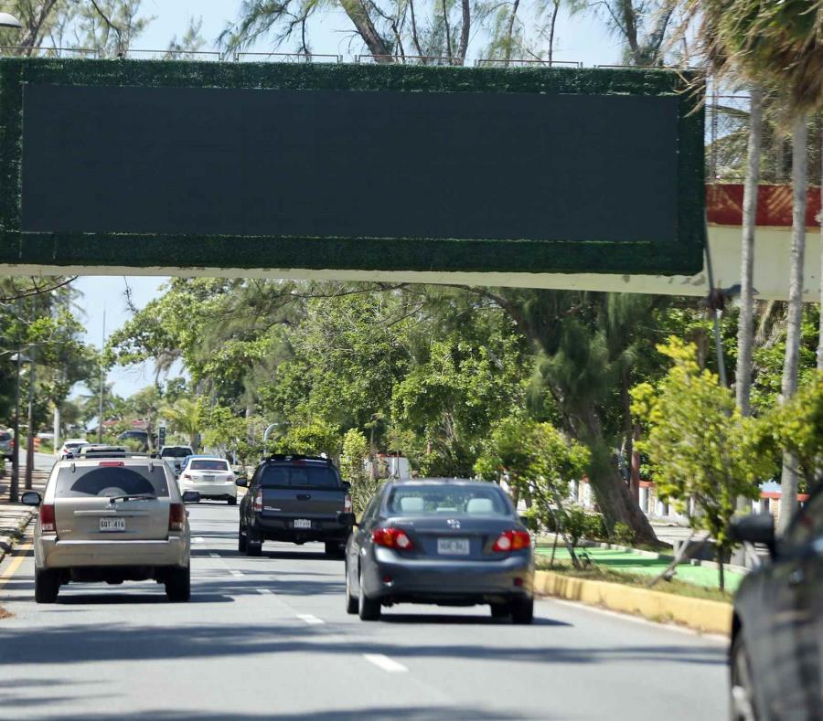 En 24 horas el Municipio de San Juan y Nex Gen, LLC. deben informar cuándo ocurrirá la remoción. (semisquare-x3)
