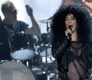 """Cher vuelve al cine como parte del elenco de la secuela de """"Mamma Mia!"""""""