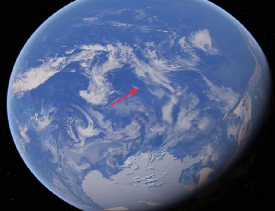 El humano más cercano se encuentra a miles de millas de este lugar. (semisquare-x3)