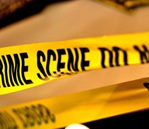 Encuentran hombre baleado y quemado en Toa Alta