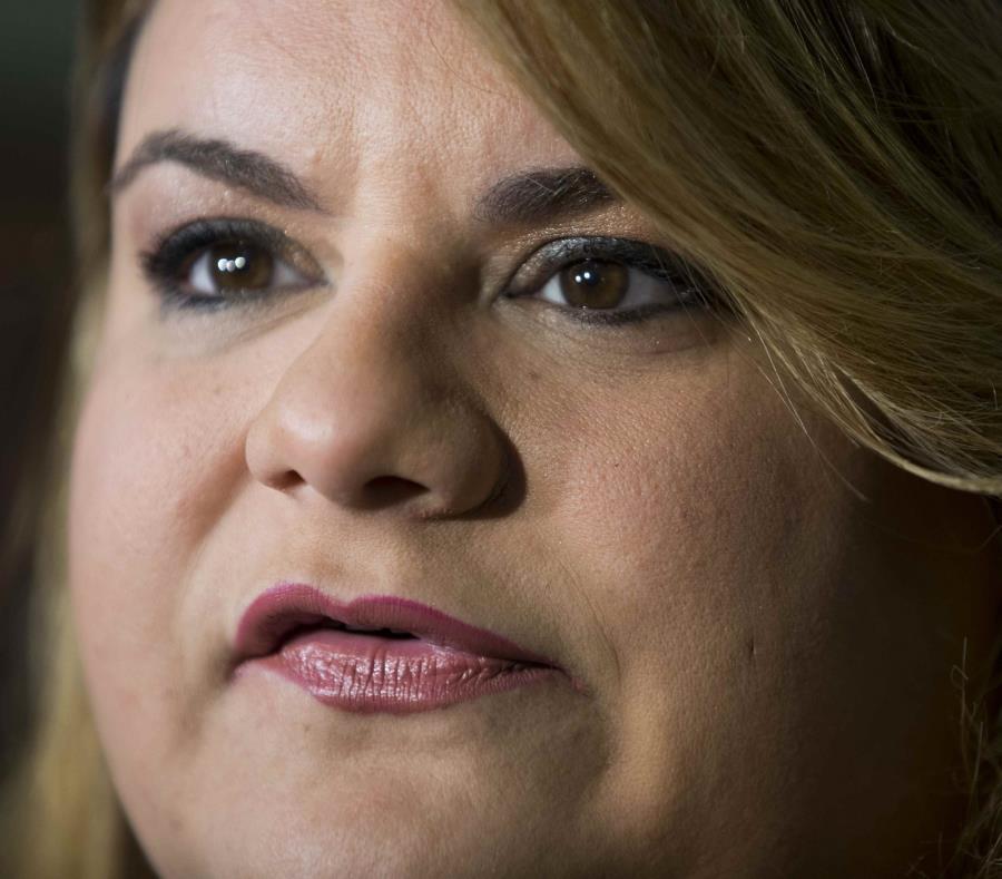La comisionada residente Jenniffer González defendió la respuesta de Donald Trump a la emergencia en la isla tras el huracán María. (semisquare-x3)