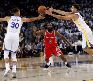 Rockets remontan para aguar el regreso de los Warriors