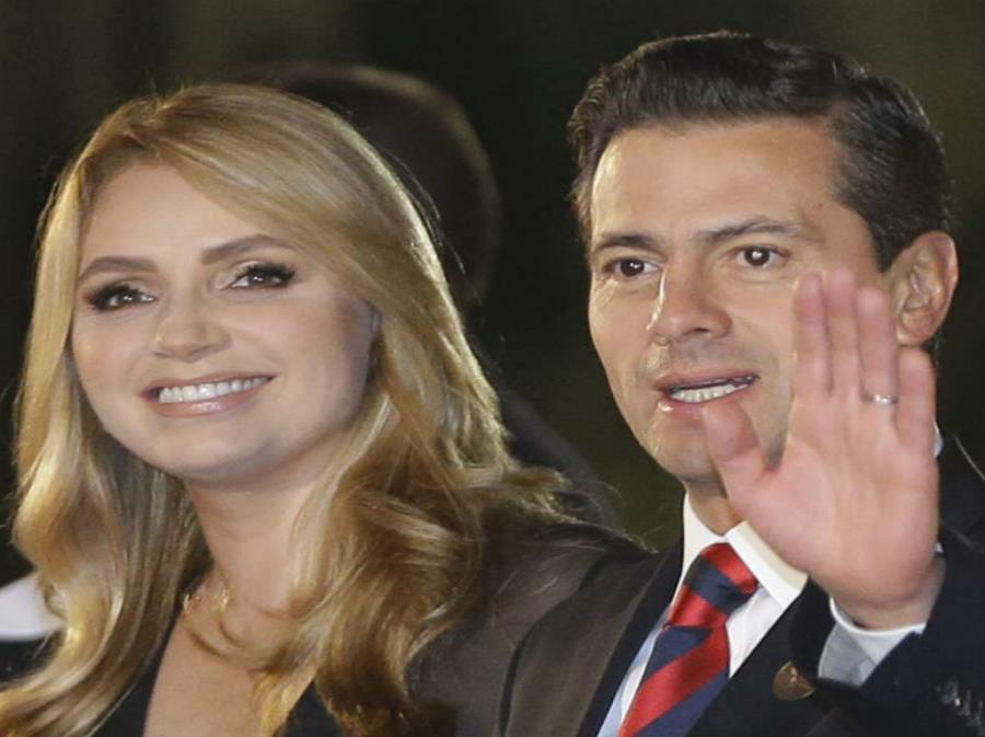Angélica Rivera y Enrique Peña Nieto se casaron en el 2010. (semisquare-x3)