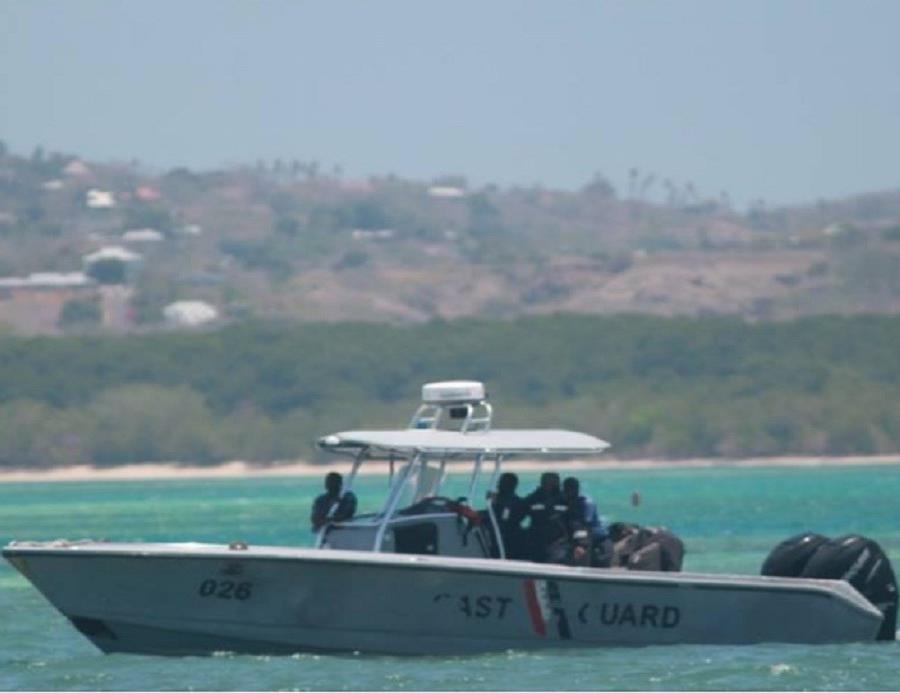 Guardia Costera de Trinidad y Tobago le está prestando apoyo (semisquare-x3)