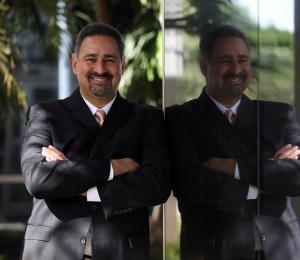 Nuevo presidente en Grupo Guayacán