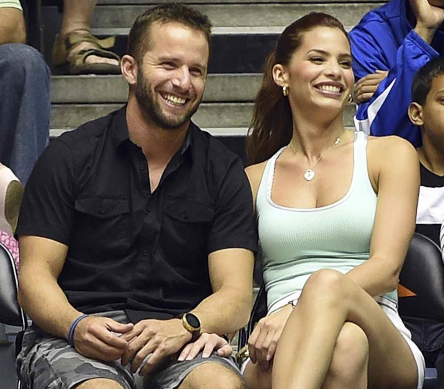 La pareja anunció la llegada de su segundo hijo en enero de este año. (GFR Media). (semisquare-x3)