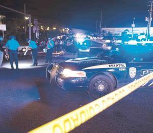 Un adulto y un menor mueren en accidente en la avenida Roberto Clemente de Carolina