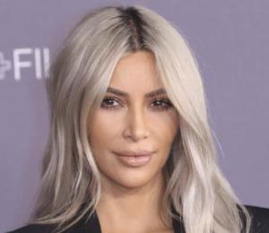 Kim Kardashian rechaza millonarias ofertas por fotos de su nueva bebé