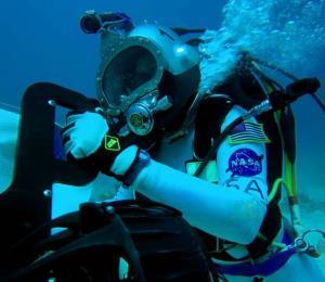 Así entrenan los tripulantes de la próxima misión lunar de la NASA
