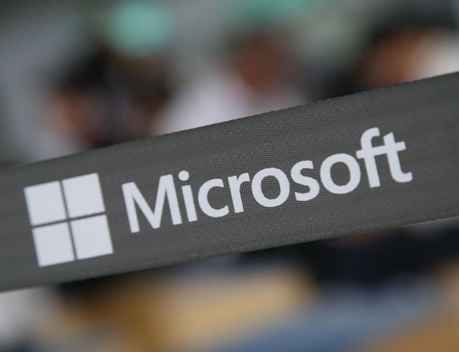 Amazon y Microsoft abrirán centros de inteligencia artificial en Shanghái (semisquare-x3)