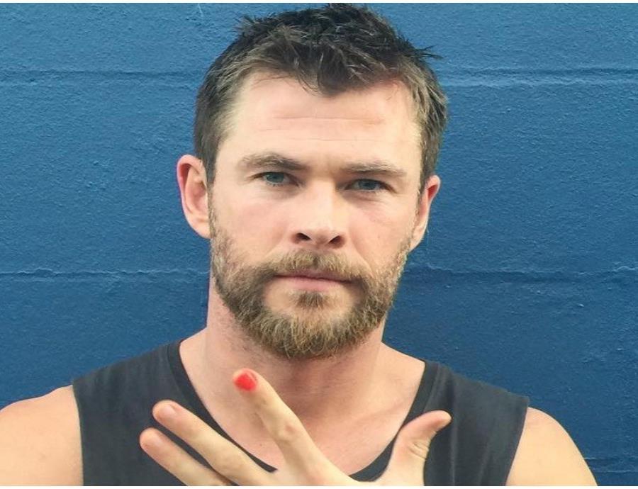 El actor australiano demostró que tiene buen ritmo.  ( Instagram/ @crishemswrth) (semisquare-x3)