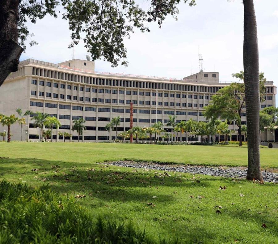 Vista del Tribunal Federal en Hato Rey (semisquare-x3)