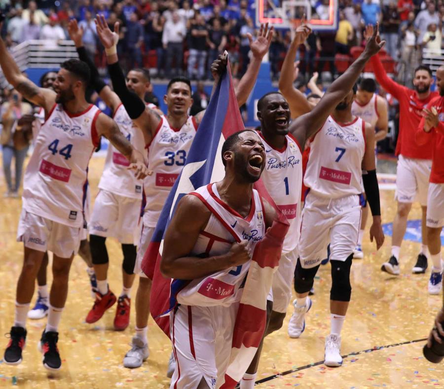En los cinco partidos celebrados en el Clemente, Puerto Rico registró  44,132 fanáticos para una media de 8,826 por encuentro. (GFR Media) (semisquare-x3)