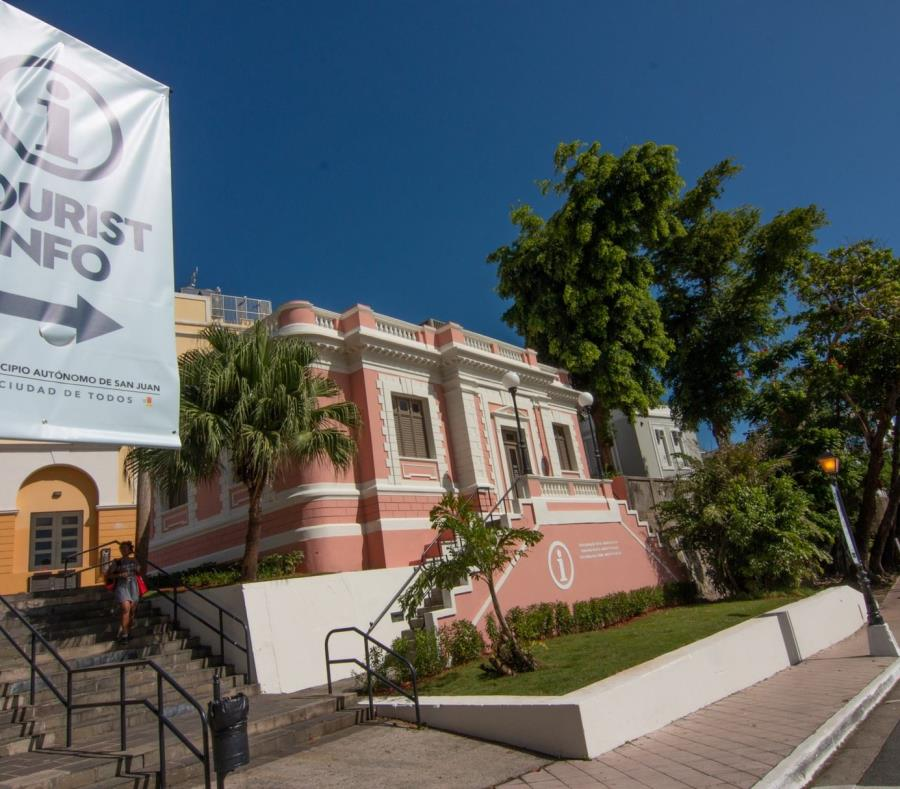 La temporada pico de visitantes en San Juan comienza en Acción de Gracias (GFR Media) (semisquare-x3)