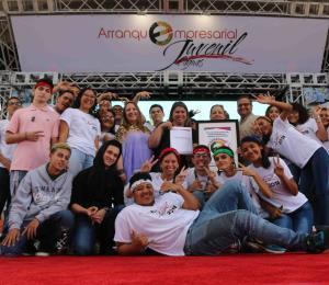 Arranque Empresarial Juvenil completa su quinta jornada con 84 negocios