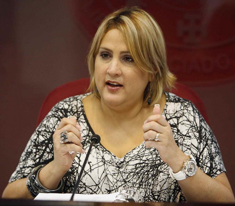 La jueza Liza Fernández (semisquare-x3)