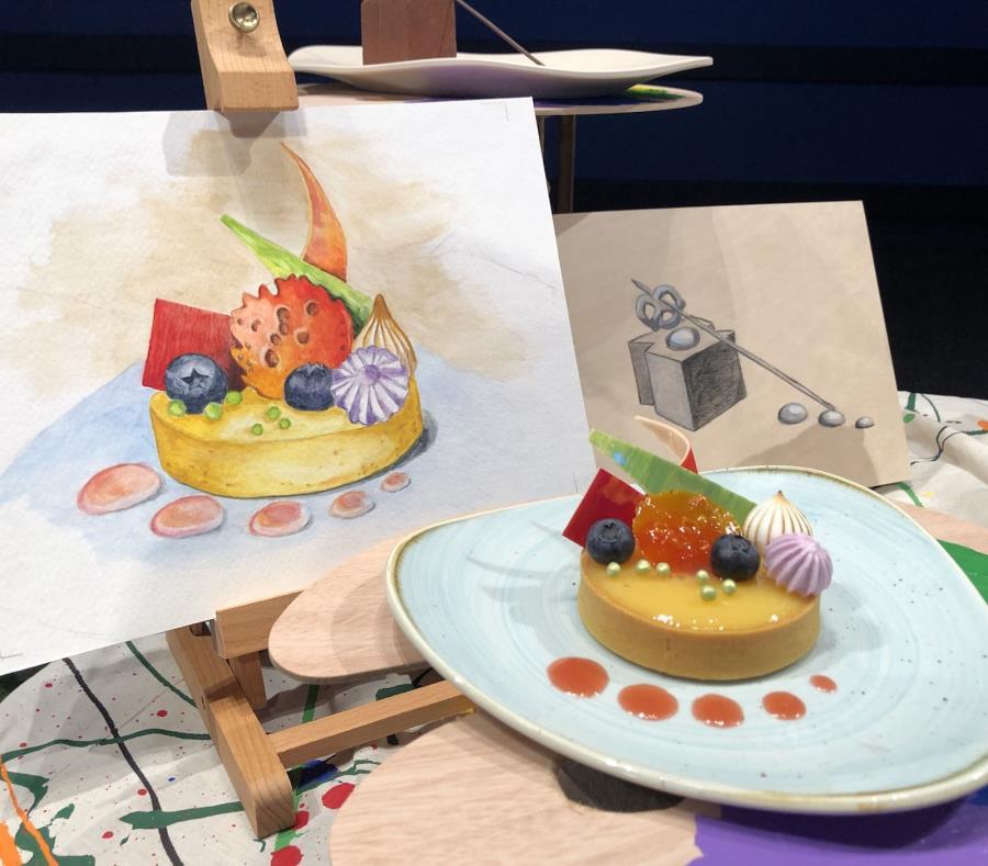 Tarta de limón real frente a una pintura del mismo plato, creado por uno de los artistas que participará del festival. (semisquare-x3)