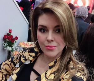 Alicia Machado sufre una caída en un programa en vivo