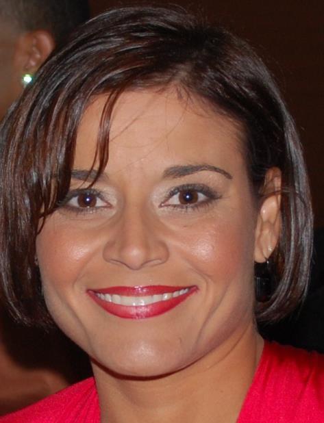 Rosario Pérez se ha destacado como profesora del Departamento de Biología de la UPR en Cayey. (Suministrada) (vertical-x1)
