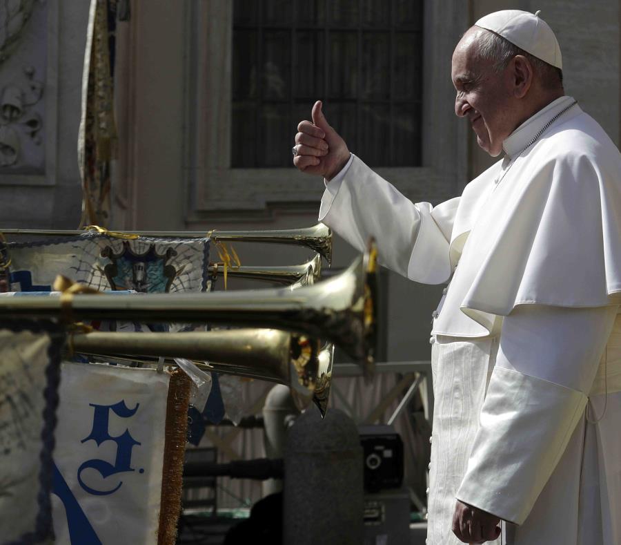 El papa Francisco durante una actividad en la Ciudad del Vaticano. (AP) (semisquare-x3)