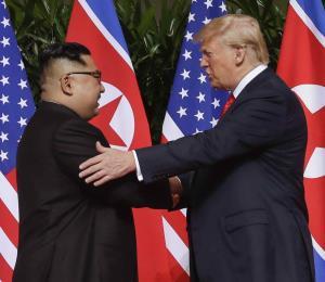 Trump podría reunirse con los presidentes coreanos en la Asamblea de la ONU
