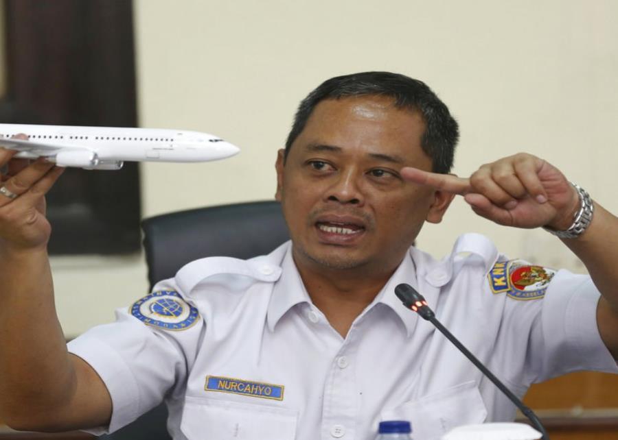 Indonesia: Aseguran que el avión accidentado no debió de haber despegado (semisquare-x3)