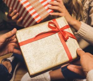 Estas son las mejores apps para organizar intercambios navideños