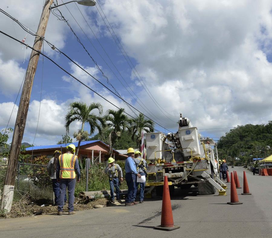 El programa de Asistencia Pública ha destinado aproximadamente $3,400 millones para Puerto Rico. (semisquare-x3)