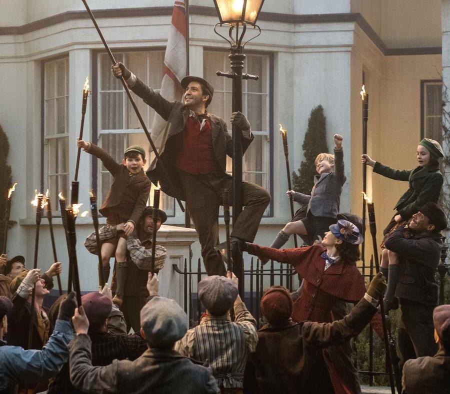 Escena en la que Lin-Manuel Miranda, en el personaje de Jack, interpreta el tema